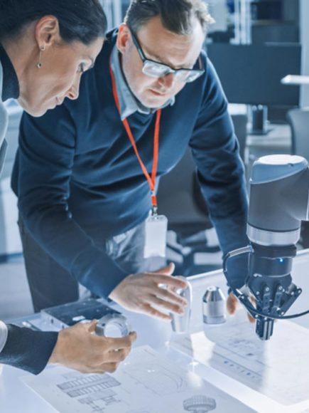 Certificación en Robótica + Certificación Experto en Automatismos Industriales